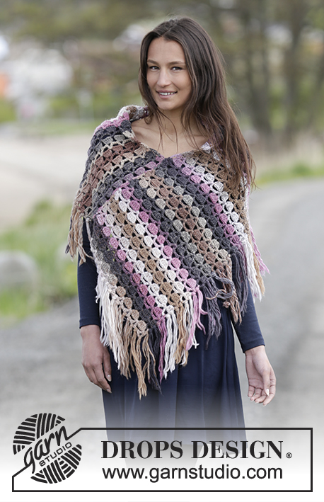 "Lucille / DROPS Extra 0-1219 - Crochet DROPS poncho with fan pattern in ""Big Delight"". Size: S - XXXL."