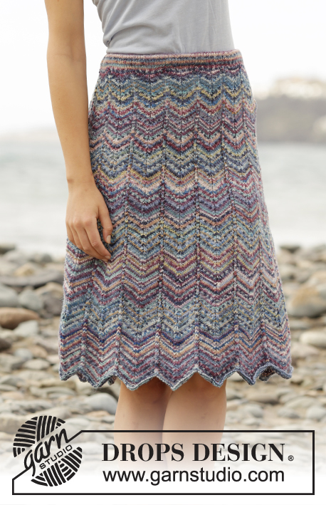 "The Wave / DROPS Extra 0-1257 - Knitted DROPS skirt with zig-zag pattern and stripes in ""Fabel"". Size S- XXXL"