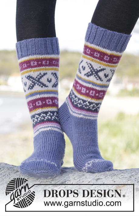 Free Knitting Pattern For Moon Socks : Moon Valley Socks / DROPS Extra 0-1265 - Knitted DROPS socks with Norwegian p...