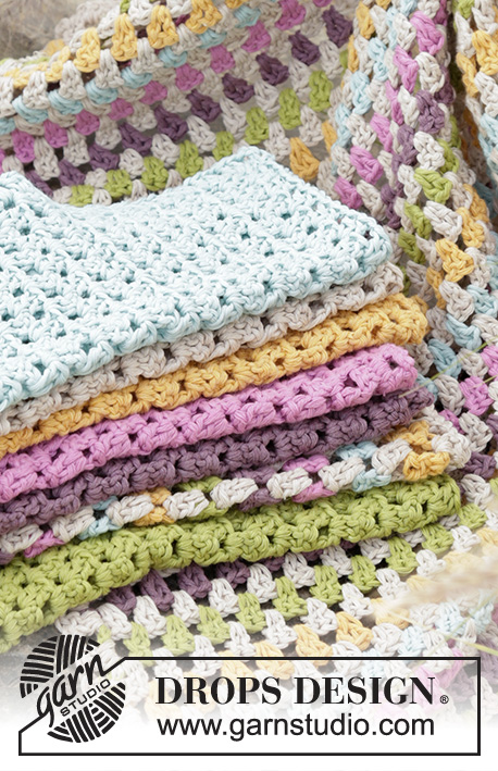"Bath Time Fun / DROPS Extra 0-1304 - Ensemble DROPS: torchon et lavettes au crochet, en ""Cotton Light""."