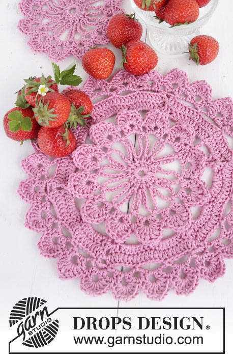 "When Spring Comes / DROPS Extra 0-1306 - Crochet DROPS placemats in ""Muskat""."