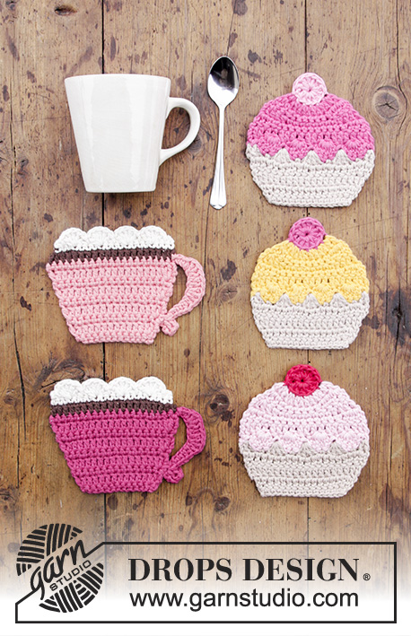 Breakfast Cupcakes / DROPS Extra 0-1384 - Crocheted coasters with cup and cupcake.
