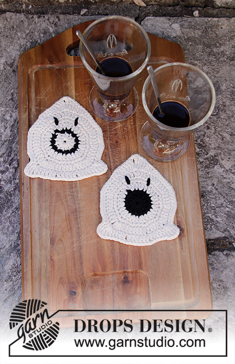 Boo and Boo-Hoo / DROPS Extra 0-1425 - Crocheted ghost shaped coaster in DROPS Paris. Worked in a circle in the round. Theme: Halloween.