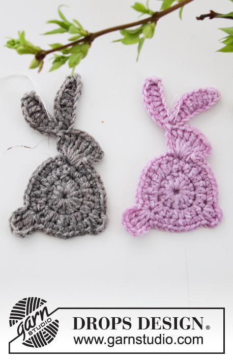 Hoppity Hop / DROPS Extra 0-1453 - Crocheted Easter Bunny in DROPS Merino Extra Fine. 