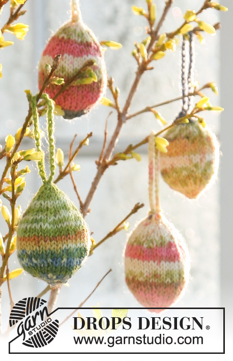 "DROPS Extra 0-502 - Knitted DROPS Easter egg in ""Fabel""."