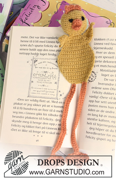 DROPS Extra 0-624 - Crochet DROPS chicken book mark in Alpaca for the Easter detective novel.