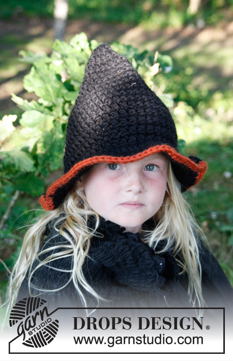 "Merlina / DROPS Extra 0-779 - Crochet DROPS Halloween witch's hat in ""Eskimo""."