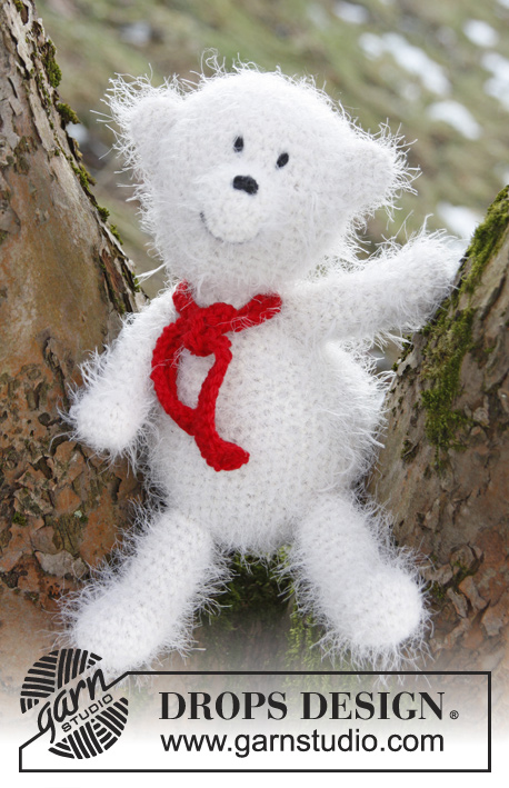 Knut / DROPS Extra 0-872 - Crochet DROPS Christmas polar bear in Symphony.