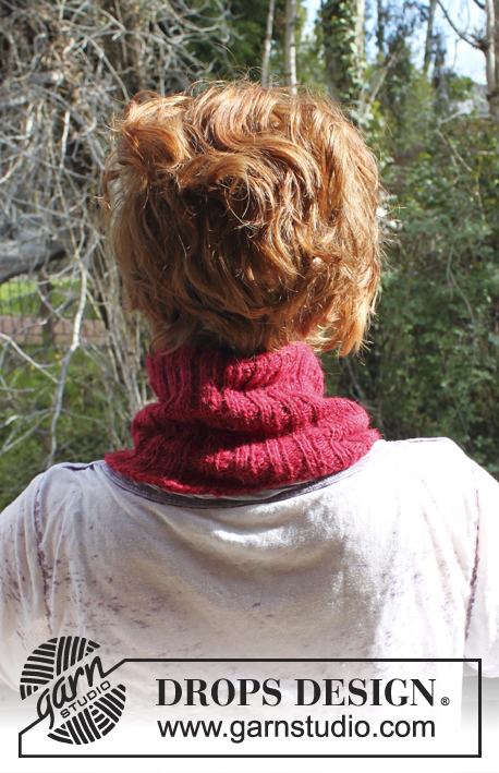 DROPS Extra 0-903 - Knitted DROPS neck warmer and wrist warmers in DROPS ♥ You #3 or Karisma.
