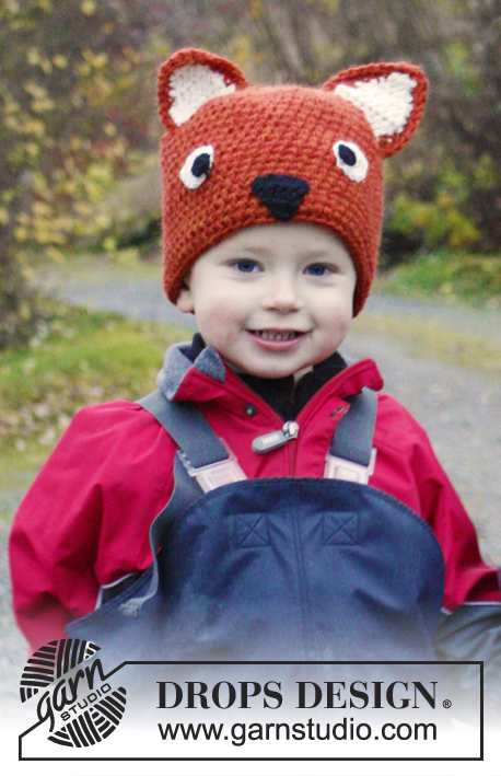 Mikkel / DROPS Extra 0-983 - Crochet hat for children in DROPS Nepal. Piece is worked as a fox with ears, eyes and nose. Size 3 - 12 years.