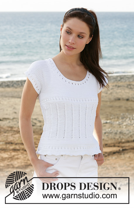 "White Lily / DROPS 101-23 - DROPS top with lace pattern in ""Muskat""."