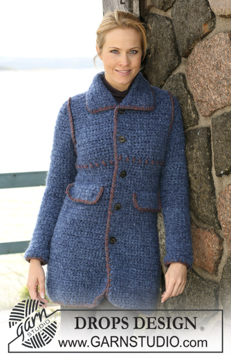 "Winter Elegance / DROPS 102-28 - Crochet Drops jacket in ""Highlander"" with decorative edges in ""Eskimo"""