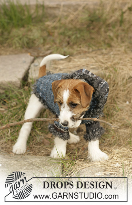 "Tweedle Dee / DROPS 102-41 - DROPS dog coat knitted with  ""Fabel"", ""Alpaca"" and ""Puddel""."