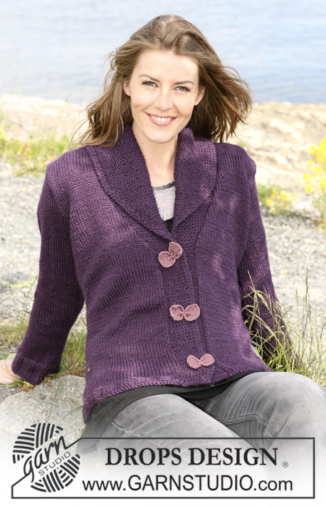 DROPS 102-5 - DROPS jacket in Silke-Alpaca with shawl collar and bow buttons. Size S til XXXL.