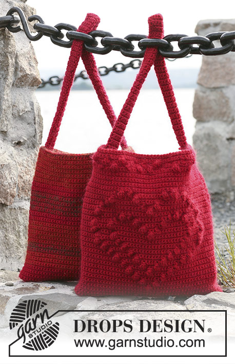 Mon Chéri / DROPS 104-8 - Crochet DROPS bag with heart and crochet DROPS bag with stripes in Alaska and Vivaldi or Alaska and Brushed Alpaca Silk.