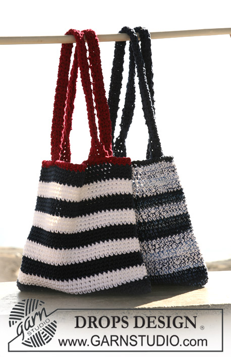 DROPS 106-37 - Crochet bag/tote bag with stripes in DROPS Ice and DROPS Muskat Soft, and crochet bag/tote bag with stripes in DROPS Ice