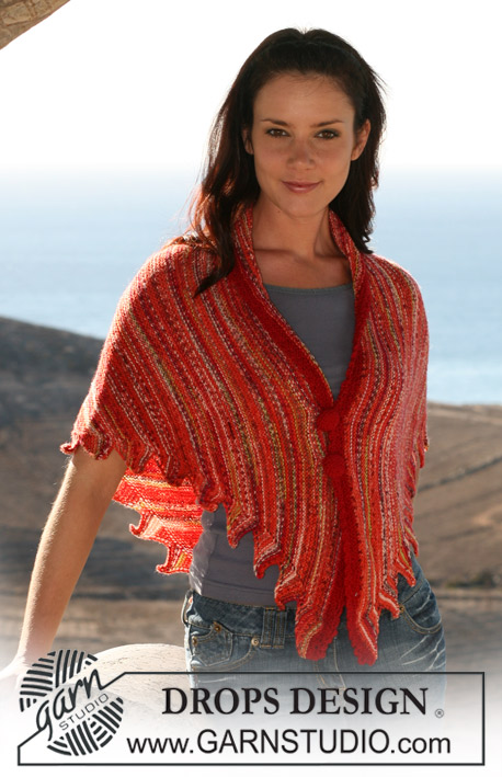 DROPS 107-28 - DROPS knitted shawl in Fabel with crochet border and button covers in Alpaca.