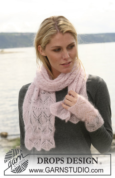 DROPS 108-4 - DROPS scarf and wrist warmers in lace pattern in Kid-Silk.