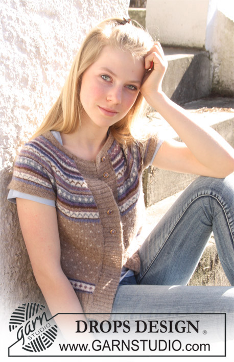 Valeria Beige / DROPS 108-58 - Free knitting patterns by DROPS Design