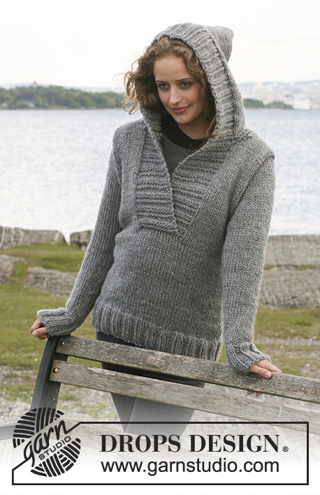 "Campfire / DROPS 109-1 - Knitted DROPS Jumper with hood in ""Eskimo"". Size S - XXXL."