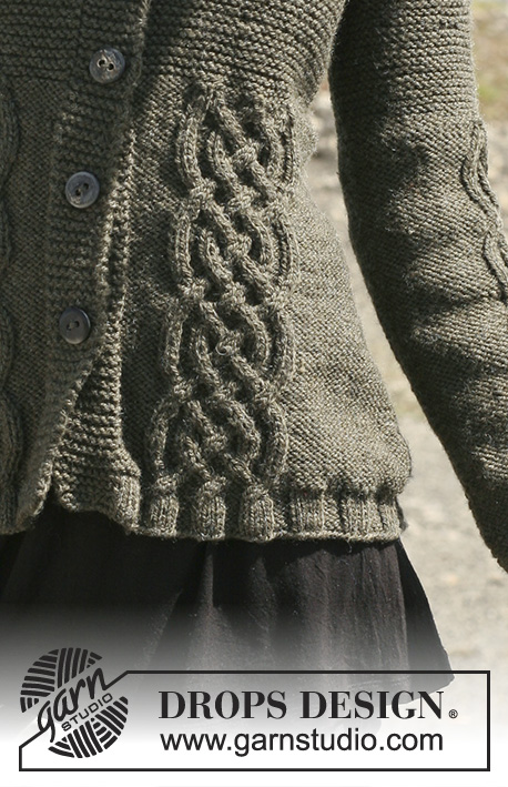 "Celtic Charm / DROPS 109-3 - Knitted DROPS jacket in ""Alaska"" with cables, raglan sleeves and hood. Size S - XXXL."