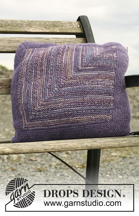 Domino Pillow / DROPS 109-62 - Pute med stor Dominorute i DROPS Fabel og Alpaca