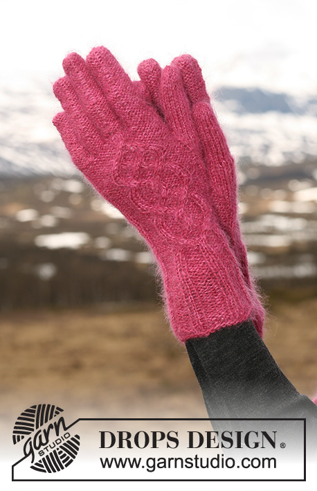 "Maritza Gloves / DROPS 117-10 - DROPS vanter i ""Alpaca"" og ""Kid-Silk"" med flettemønster."
