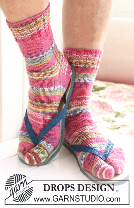 DROPS 119-45 - Free knitting patterns by DROPS Design