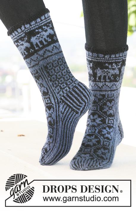 c77357c23 Moose Parade Socks / DROPS 121-3 - Gratis strikkeoppskrifter fra ...