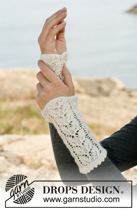 Trailing Leaves Drops 133 30 Free Knitting Patterns By Drops Design