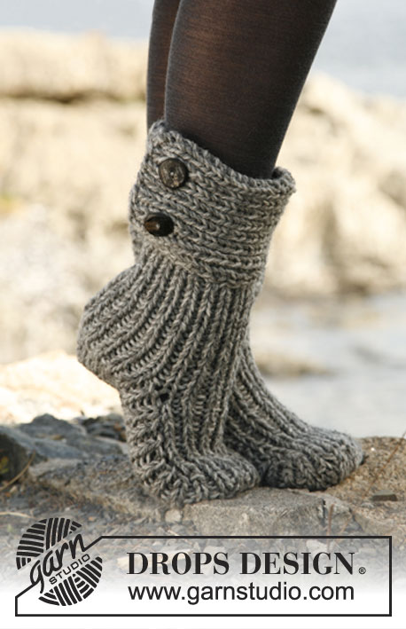Moon Socks Drops 134 42 Free Knitting Patterns By Drops Design
