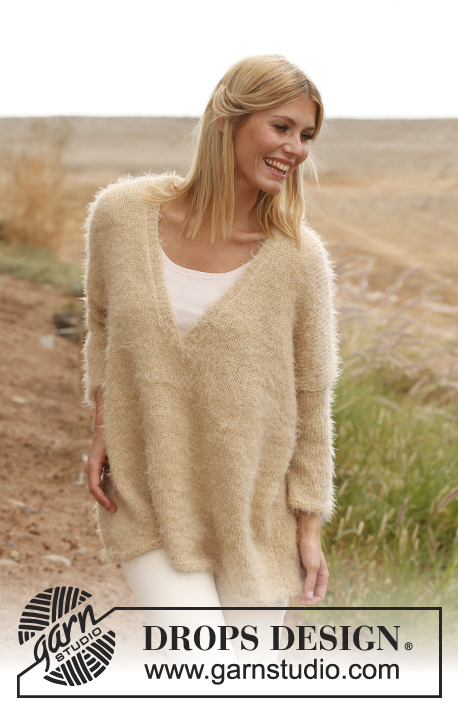 "Stardust / DROPS 136-26 - Knitted DROPS large jumper in ""Symphony"" or Melody with ""Glitter"". Size: S - XXXL."