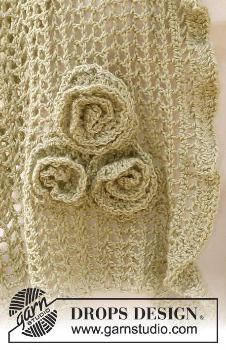 Sandrose / DROPS 136-4 - Crochet DROPS scarf with flowers and wavy edge in BabyAlpaca Silk.