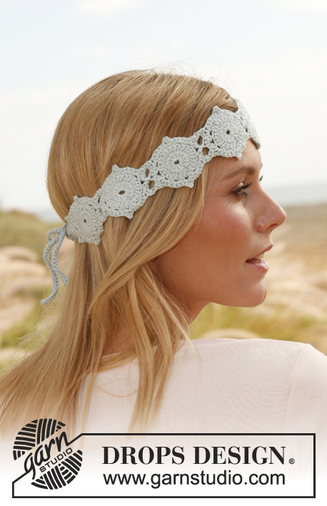 "Gwyneth / DROPS 137-31 - Crochet DROPS head band with hexagons in ""Safran""."