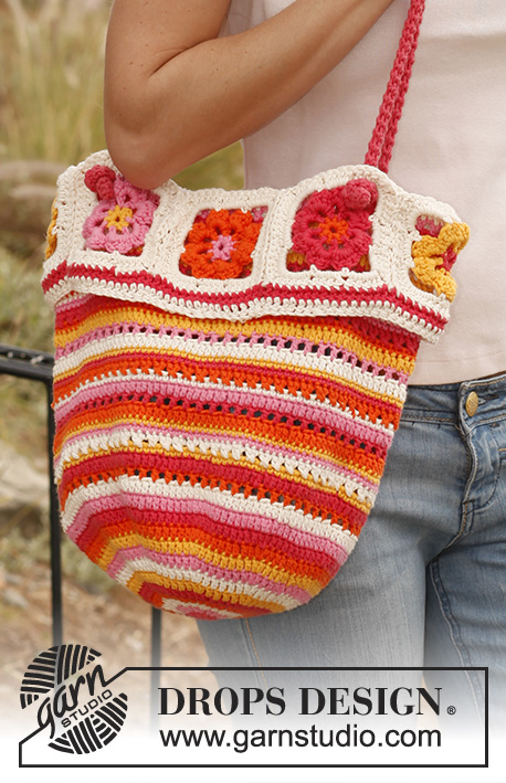 "Sicily / DROPS 139-13 - Crochet DROPS bag with stripes and squares in ""Paris""."