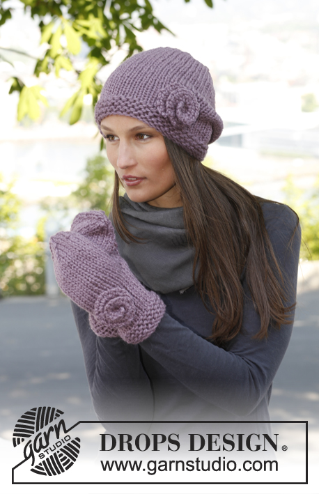 "Lavender Love / DROPS 141-35 - Set consists of: Knitted DROPS hat and mittens in ""Andes""."