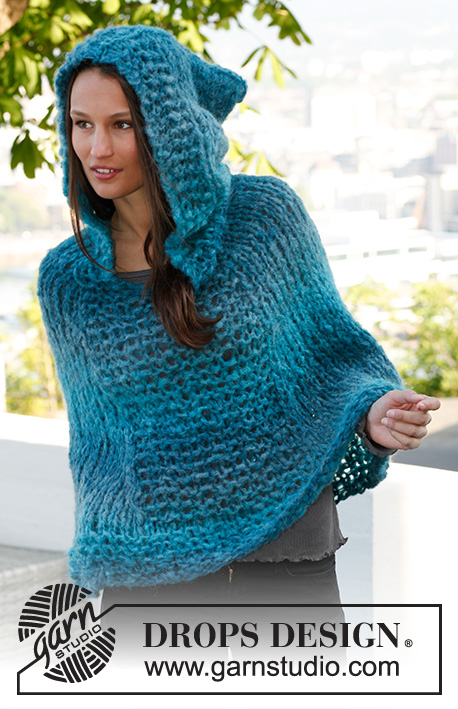 Saint Tropez / DROPS 143-37 - Knitted DROPS poncho with hood in 2 threads Verdi. Size: S - XXXL.