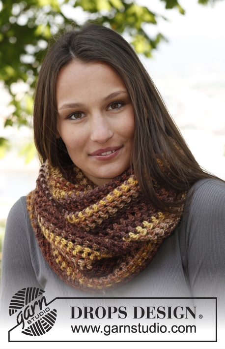 Jasmine / DROPS 143-42 - Crochet DROPS neck warmer in Big Delight.