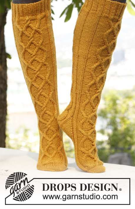 Golden Socks / DROPS 143-8 - Free knitting patterns by DROPS Design