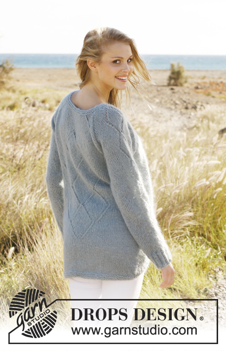 Aleya / DROPS 146-17 - Knitted DROPS jumper with lace pattern and raglan in Alpaca and Kid-Silk. Size: S - XXXL.