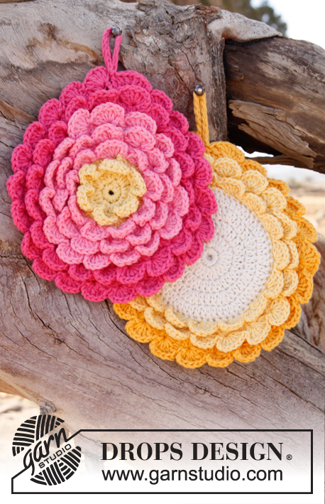 Flower Power / DROPS 147-21 - Crochet DROPS pot holder in Paris.