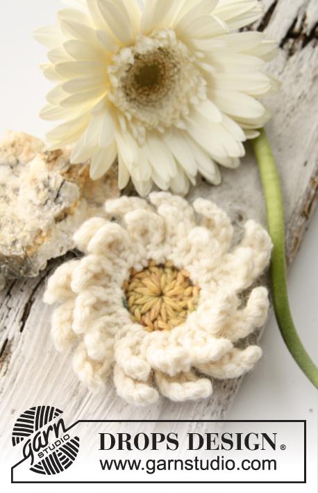 Crochet Patterns Free Drops : Gerbera / DROPS 147-51 - Crochet DROPS gerbera flower in ...