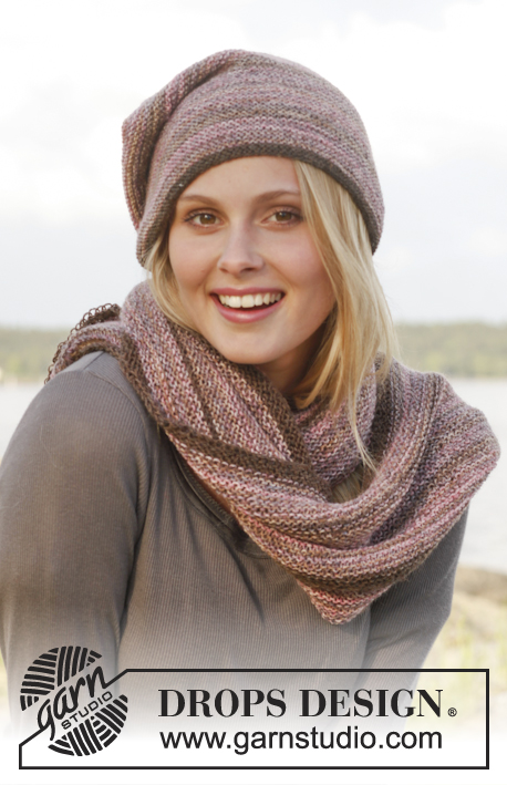 "Lavender Field / DROPS 151-42 - Set consists of: Knitted DROPS hat and neck warmer in garter st in ""Fabel""."