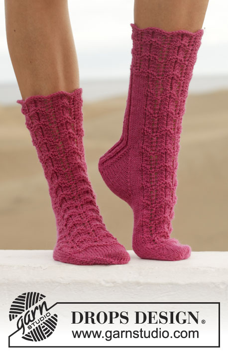 Love Walked In / DROPS 155-13 - Free knitting patterns by ...