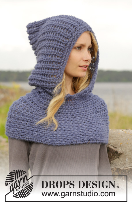 "Maid Marian / DROPS 158-33 - Knitted DROPS neck warmer with hood with false English rib in 2 strands ""Brushed Alpaca Silk"". 