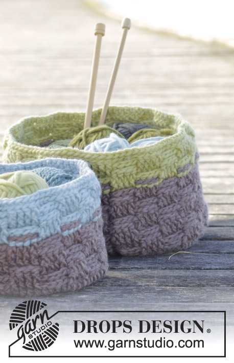 "Spring Baskets / DROPS 163-16 - Corbeilles DROPS au crochet, au point de panier, en ""Eskimo""."
