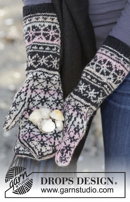 "Moonflower Mittens / DROPS 165-42 - Moufles DROPS avec jacquard nordique, en ""Fabel""."