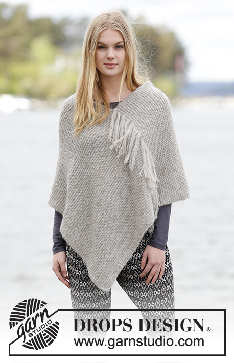 "Lorelei / DROPS 166-30 - Knitted DROPS poncho in garter st with fringes in 2 strands ""Brushed Alpaca Silk"" or 1 strand Melody."
