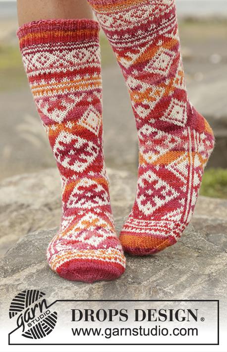 52b416010e4 Ponožky s norským vzorem pletené od špičky z příze DROPS Fabel. Velikost   35 - 43