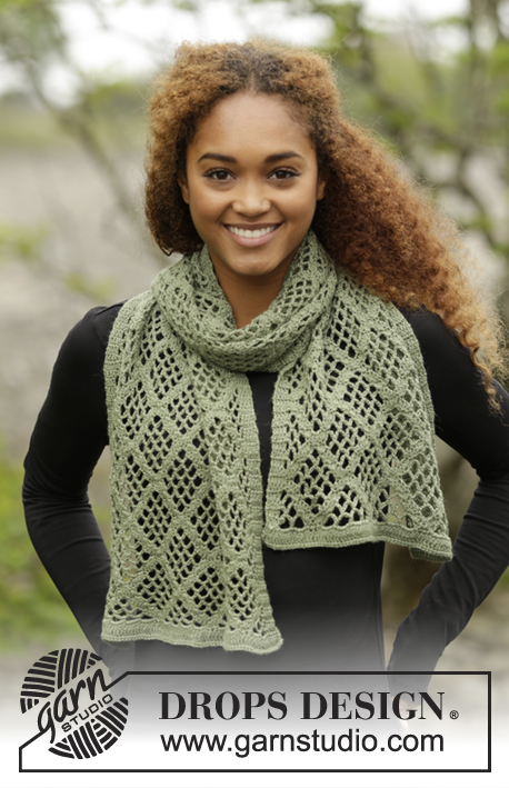 Olive Diamonds / DROPS 171-16 - Crochet DROPS stole with square pattern in BabyMerino.